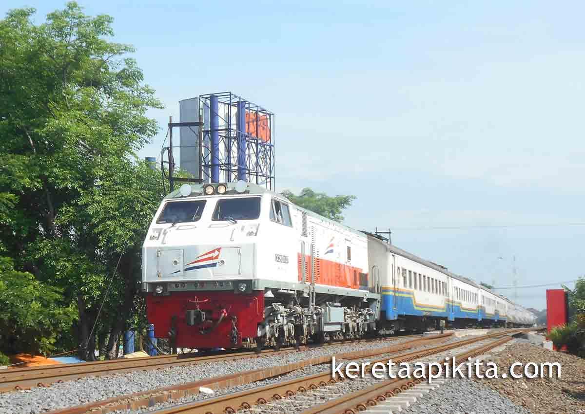 jadwal ka sancaka tambahan kereta api kita harga tiket kereta api solo surabaya terbaru pemesanan tiket kereta api solo-surabaya