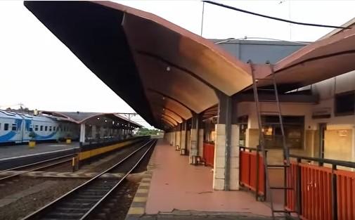 Gambar Stasiun Malang