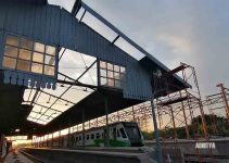 Bongkar Kanopi Stasiun Mojokerto