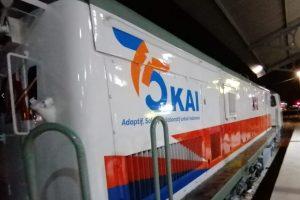 Logo PT KAI di Lokomotif